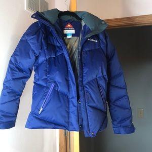BLUE COLUMBIA WINTER COAT W/ DETACHABLE FUR HOOD